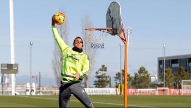 Il Real Madrid si allena... a basket GUARDA LE FOTO