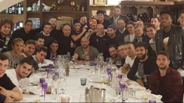 Napoli, tutti insieme al ristorante: nel menu Bayern-Juve
