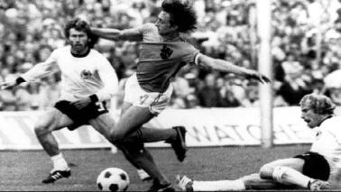 Addio Cruyff: il saluto social del mondo dello sport