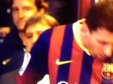 Messi, mistero irrisolto Vomita prima del match VIDEO