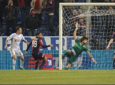 Sciopero, autogol e infortuni, succede di tutto: Genoa-Fiorentina 1-1