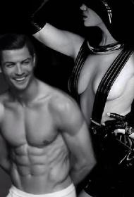 Shayk-Ronaldo, gara a spogliarsi