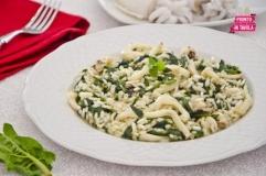 Risotto con seppie e spinaci