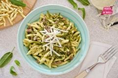Pasta salsiccia e asparagi selvatici