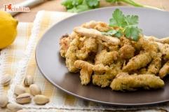 Straccetti di pollo ai pistacchi