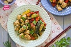 Pollo thai con verdure