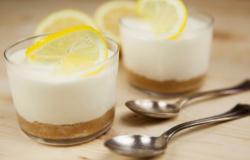 Cheesecake al bicchiere profumata al limone
