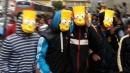 """""""I Simpson"""", i boliviani scendono in piazza contro il cambio di palinsesto e vincono"""