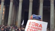 #SvegliatItalia,  le famiglie arcobaleno in piazza