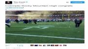 Tim Cook, foto sfocata al Superbowl: ironia social