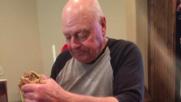 """Danno buca al nonno, poi la cena di """"riconciliazione"""""""