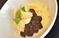 Uova bio alla manioca tartufata e al succo di maracuja