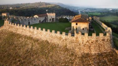 Lonato del Garda: Pasquetta tra giochi e botanica