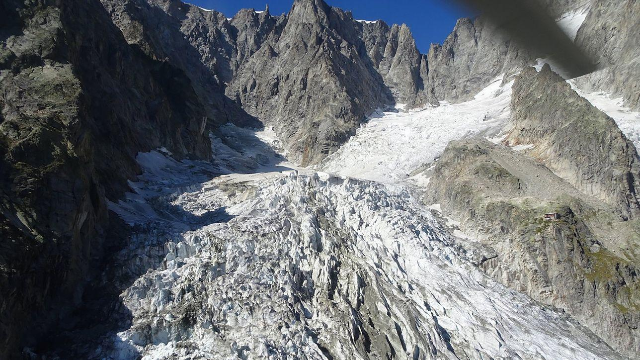 Allerta ghiacciaio, il blocco frontale accelera fino a 90 centimetri al giorno