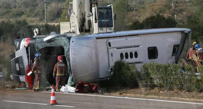 Bus di studenti Erasmus si ribalta in Catalogna: 13 morti, fino a 7 sono italiani