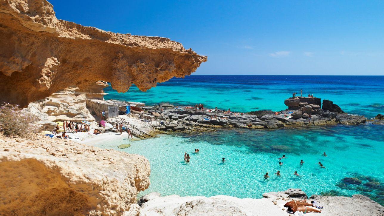 Baleari: a Formentera per inseguire l'estate