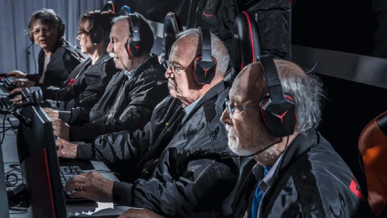 Ecco i Silver Snipers, la prima squadra di videogiocatori over 60