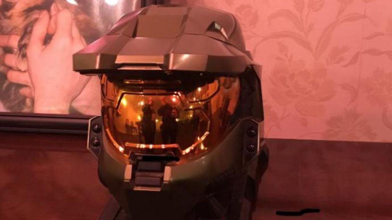 Usa: 31enne perde la vita, i genitori conservano le sue ceneri nel casco di Halo