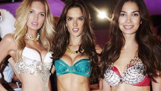 Victoria's Secret Fashion Show 2015, ecco gli angeli in passerella