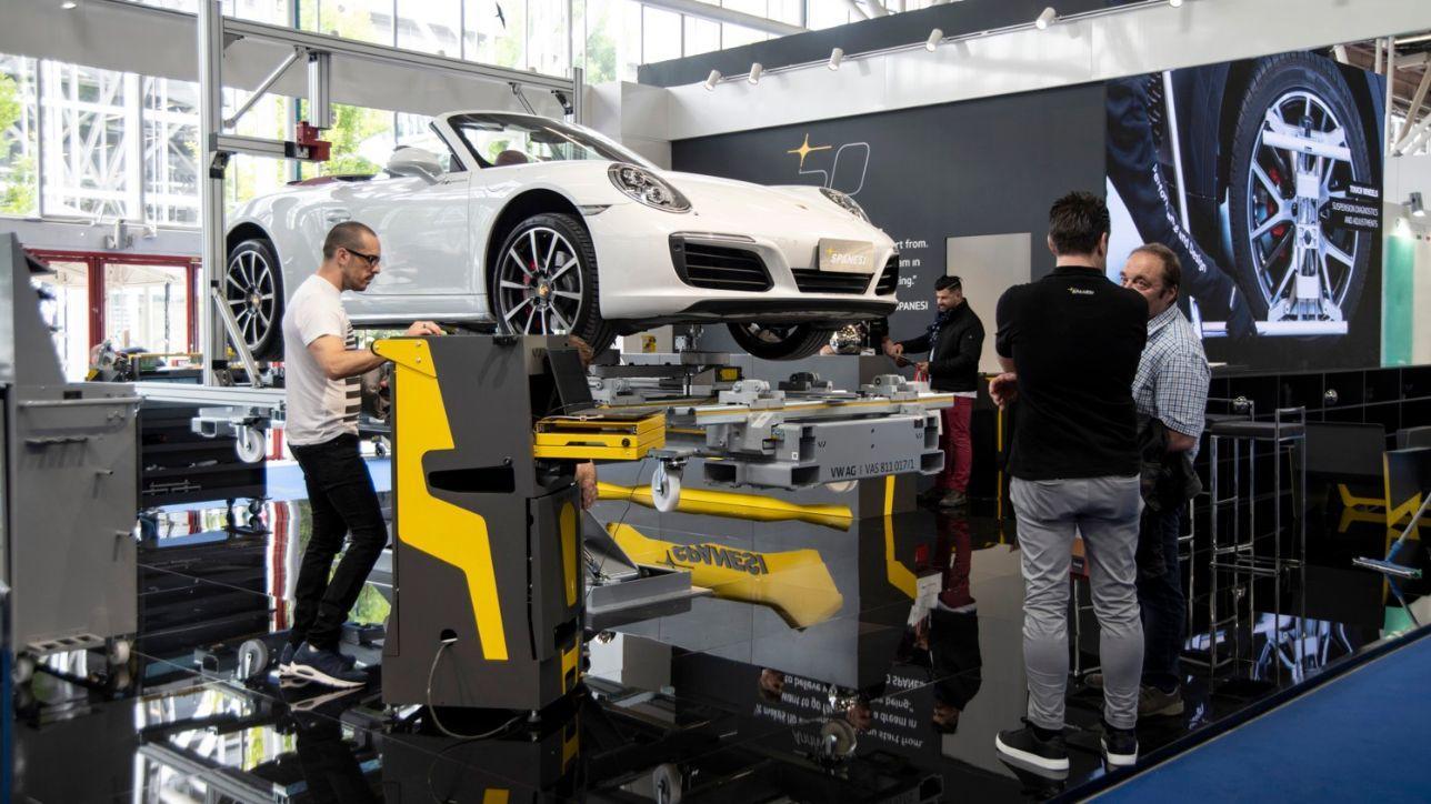 Allarme meccanici: ne servono 5.000 in Italia