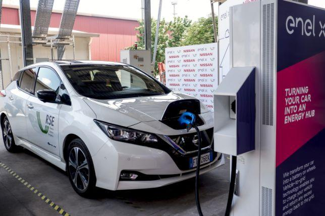 """A Milano parte la sperimentazione dei """"Vehicle-to-Grid"""""""