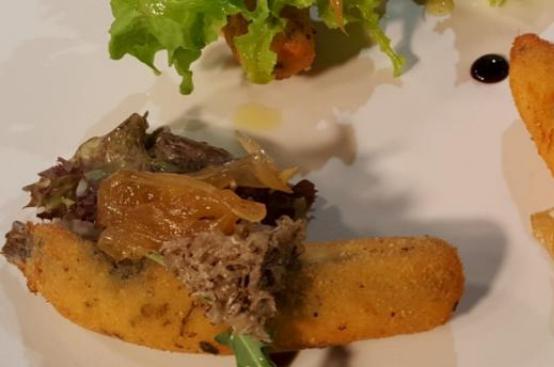 Sardoncini panati pecorino, origano e cipolla al miele