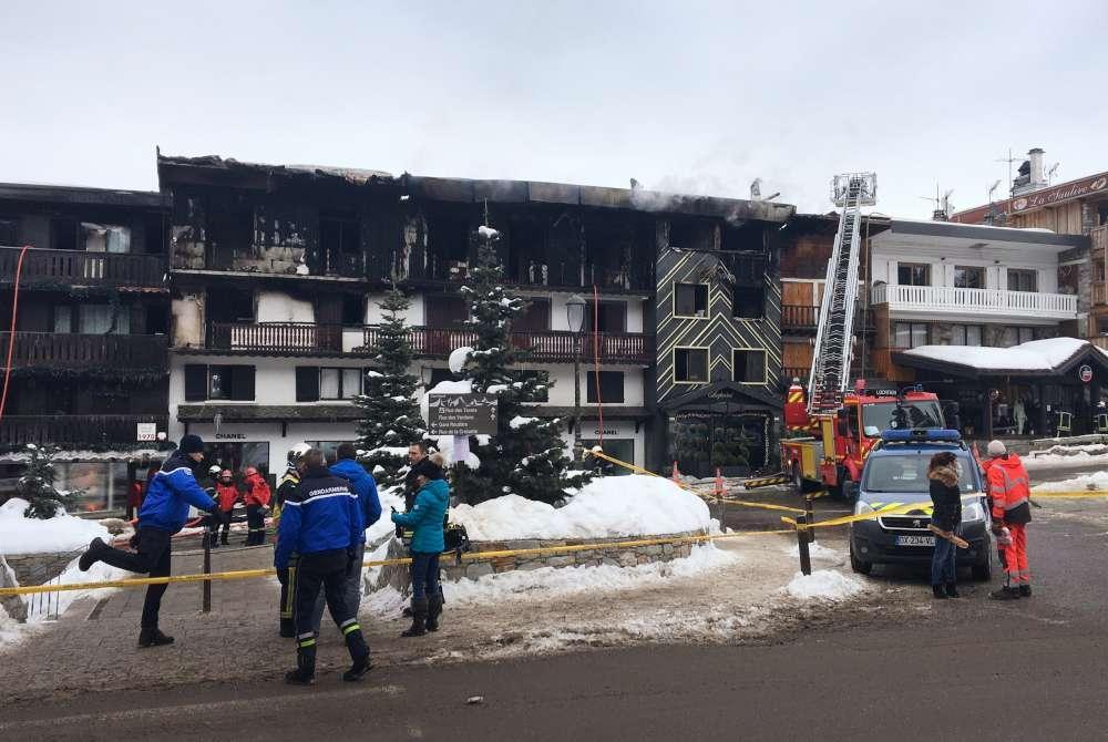 Francia, i soccorsi dopo l'incendio nell'impianto sciistico di Courchevel