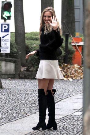 Irene Cioni, velina in minigonna