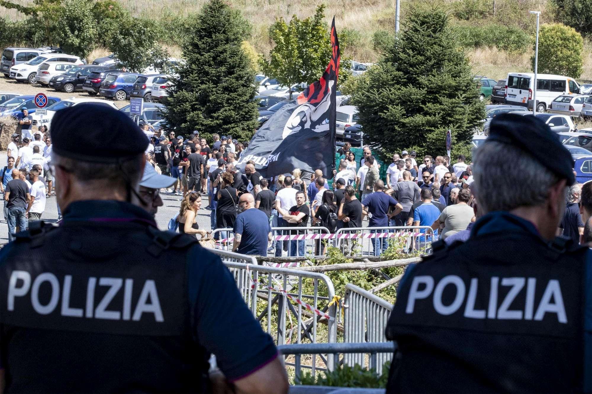 Roma, funerali blindati per Fabrizio Piscitelli