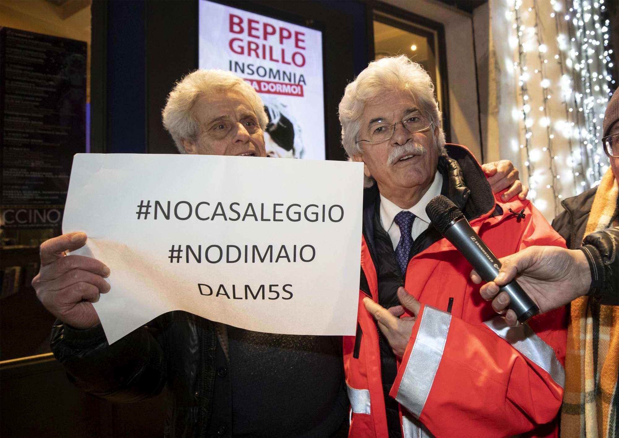 Ex attivisti M5s contestano Beppe Grillo
