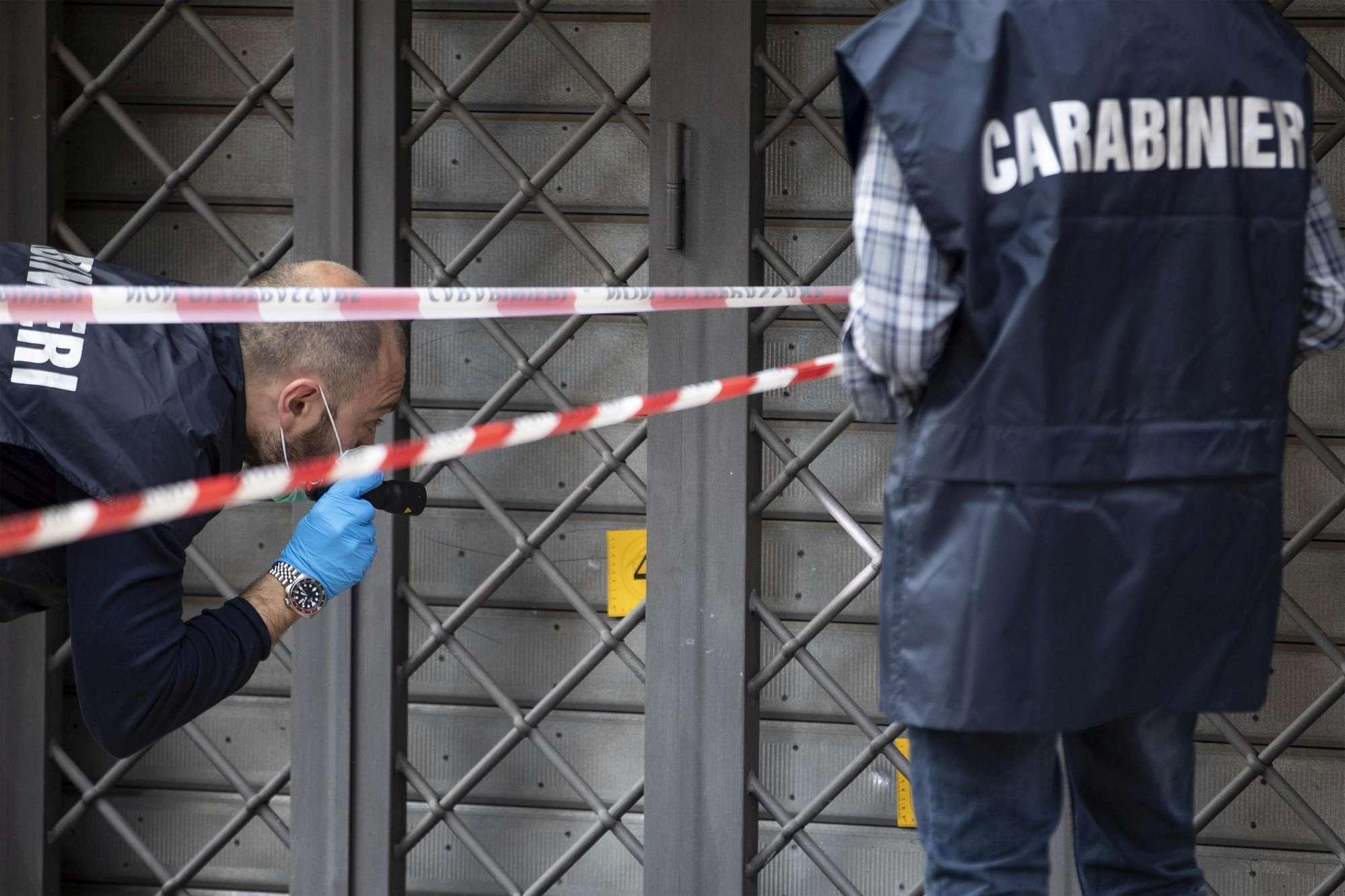 Roma, sparatoria in periferia: due feriti