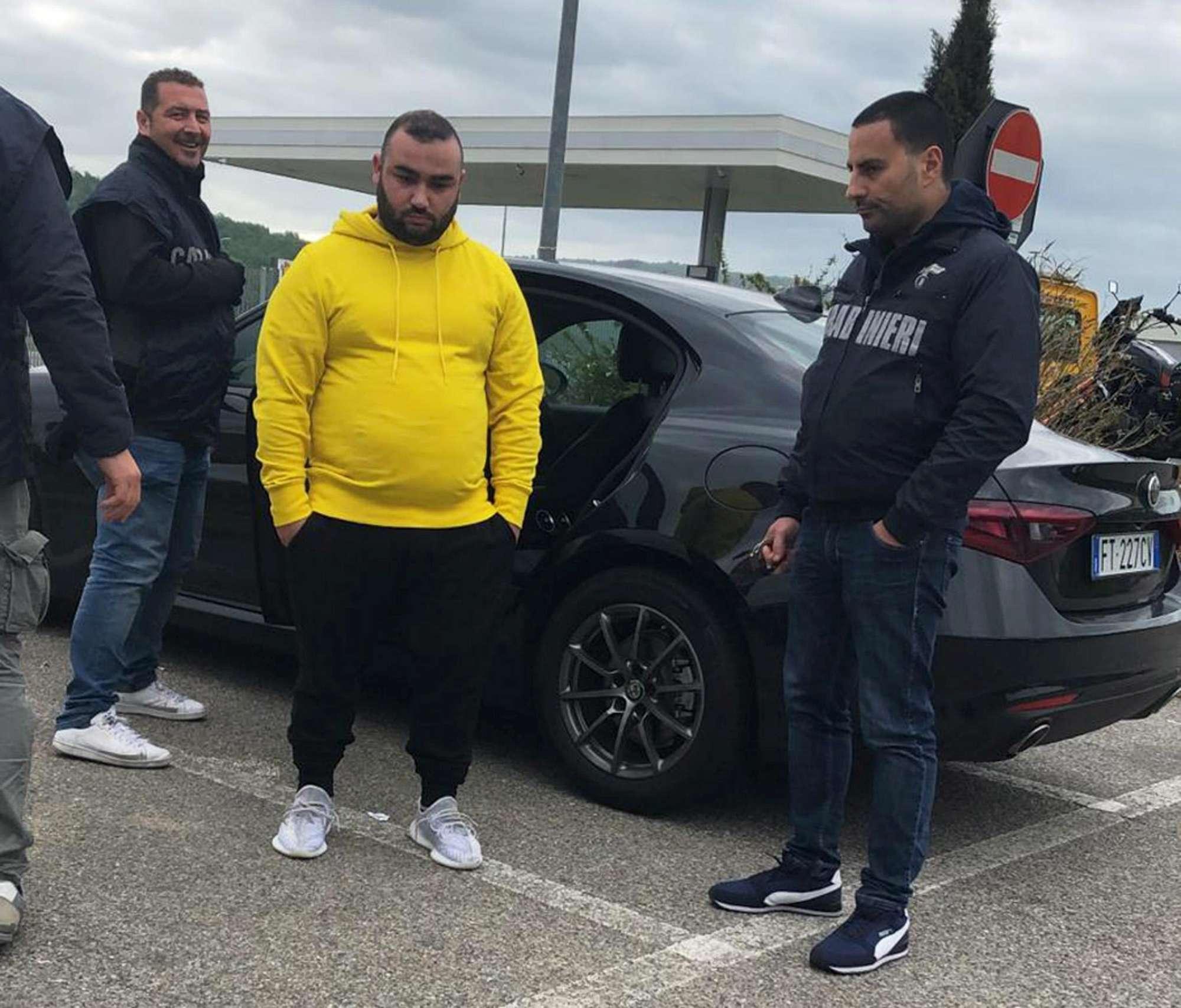 Sparatoria a Napoli, l'arresto dei fratelli Del Re