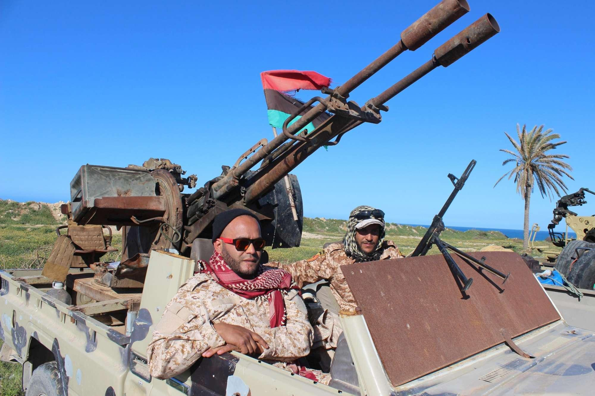 Libia, combattimenti a Tripoli: ignorata la tregua richiesta dall'Onu