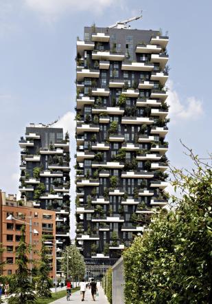 Milano, il Bosco Verticale incoronato come più bel grattacielo del mondo