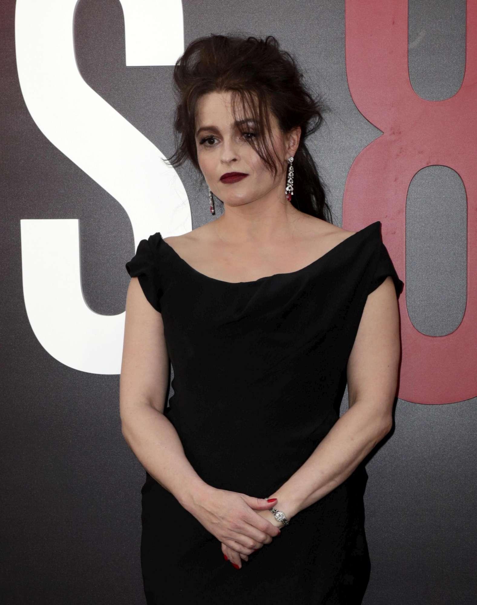 Helena Bonham-Carter in contatto con lo spirito della Principessa Margaret