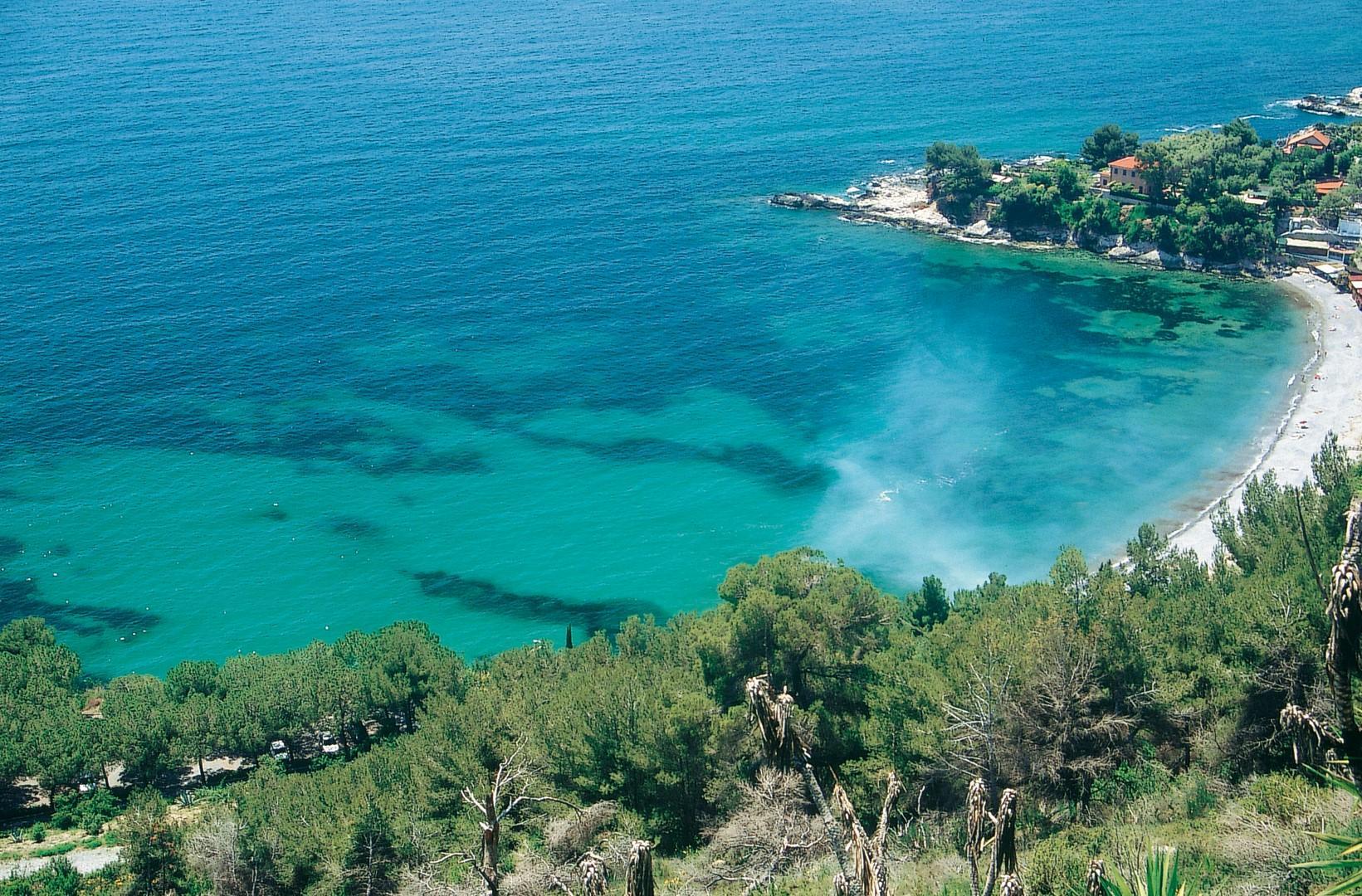 Bandiere Blu 2020, 12 in più in Italia: le spiagge più belle sono 407