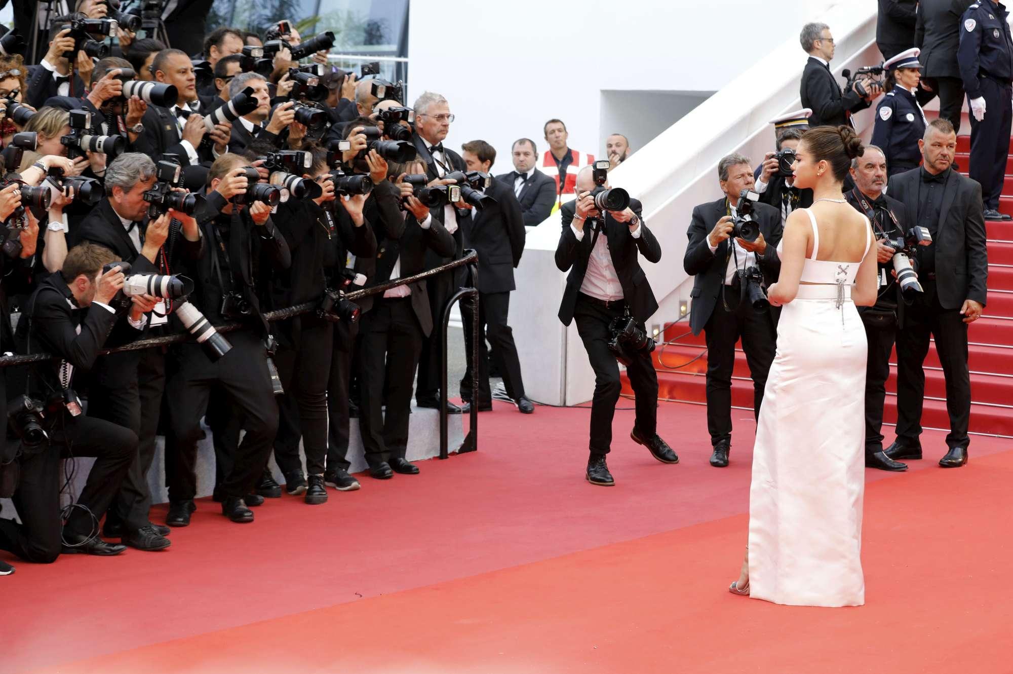 Cannes 2019, da Selena Gomez a Charlotte Gainsbourg: tutti sul red carpet per l'apertura