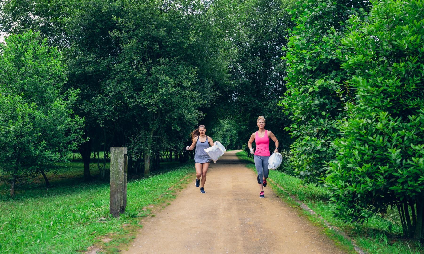 Plogging, l'allenamento che aiuta l'ambiente