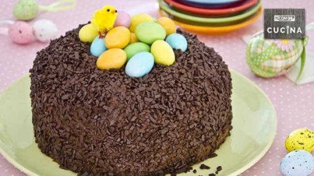 Torta nido di Pasqua: colore e dolcezza in festa