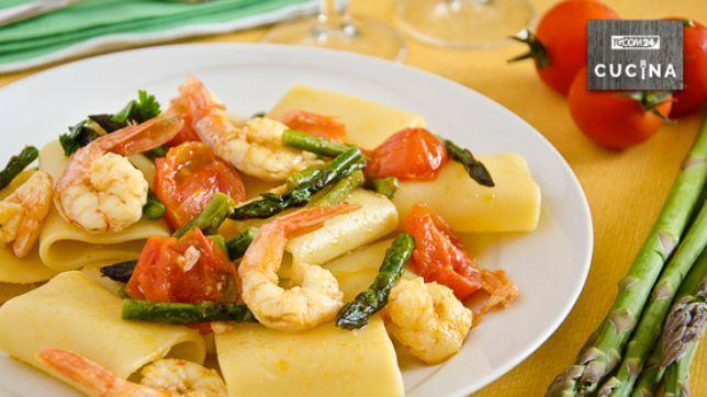 Paccheri con gamberi e asparagi, semplicemente gourmet