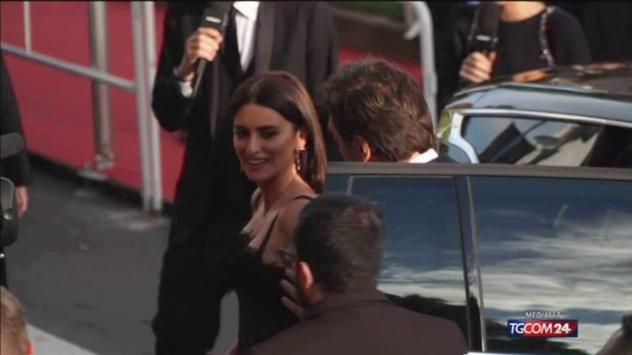 Cannes, parata di stelle all'apertura del festival del cinema