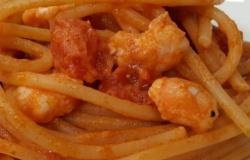 Spaghetti con code di gambero e sugo speciale