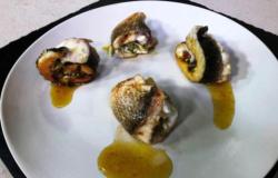 Involtini di pesce ripieni di zucchine, pomodorini e ricotta